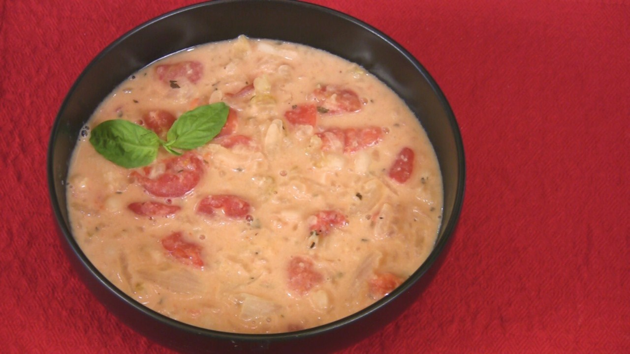 Tomato Soup with White Beans