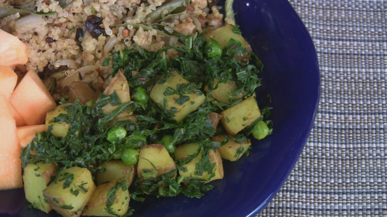 Delectable planet indian potato peas and kale recipe indian potato peas and kale forumfinder Image collections