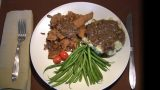 Seitan Cutlets with Mashed Potatoes and Green Beans